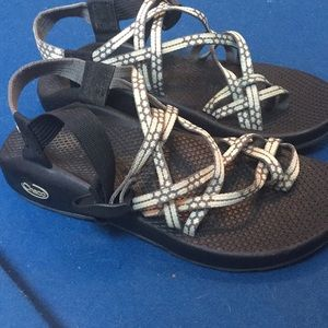 Women's Multi-strap Chaco with toe loop